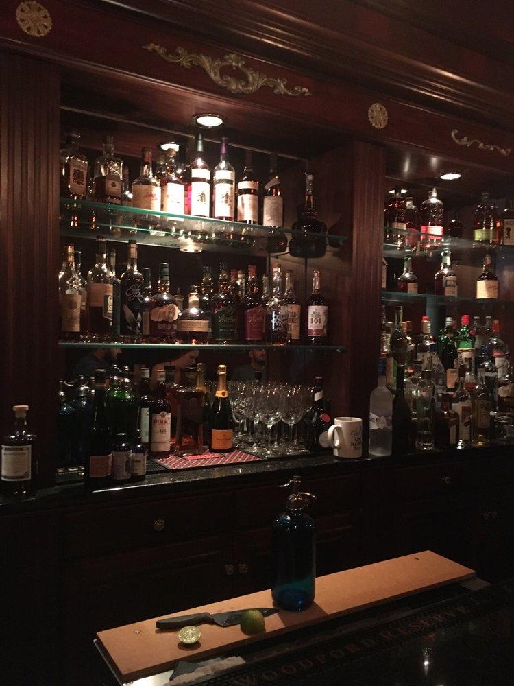 Seltzer Club: 119 W Main St, Lexington, KY