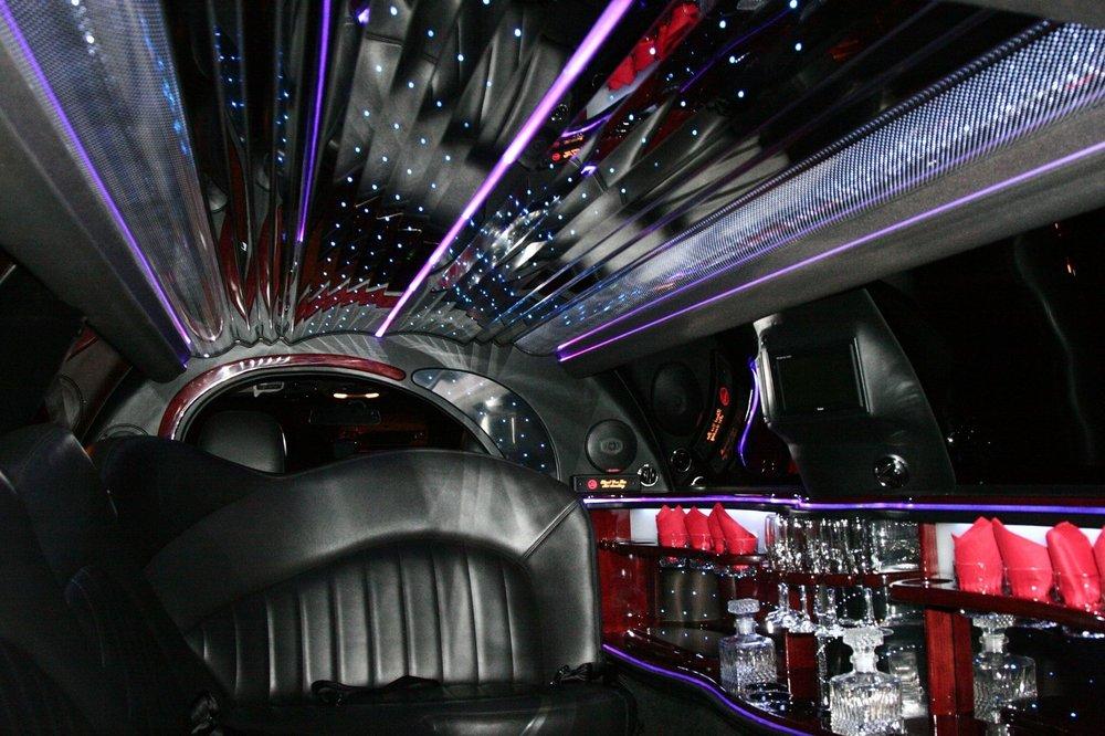 Crown Limousine Orlando: 4106 Quando Dr, Orlando, FL