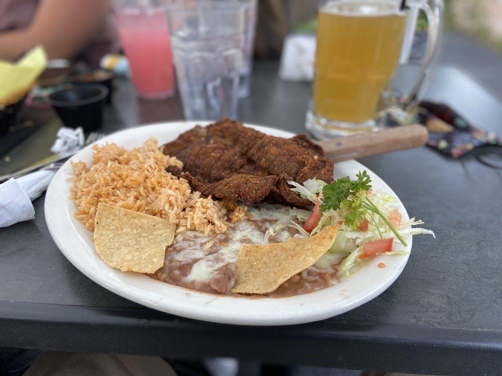 El Jacalito Grill