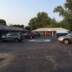 Photo Of Budget Inn Belvidere Il United States You Can Park In