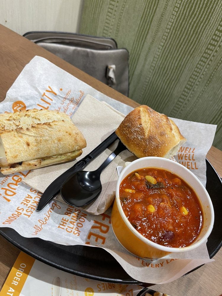 Zoup! Eatery: 1315 Boardman-Canfield Rd, Youngstown, OH