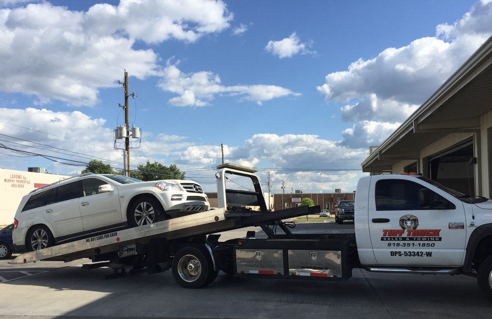 Towing business in Jenks, OK