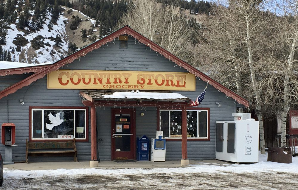 Country Store Grocery: 916 N State Hwy 149, Lake City, CO