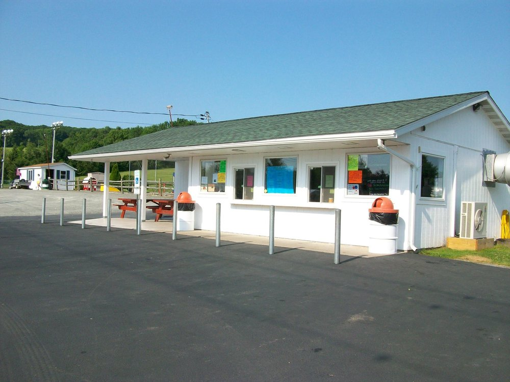 Harding's Dairy Bar & Golf: 671 State Route 29 N, Tunkhannock, PA