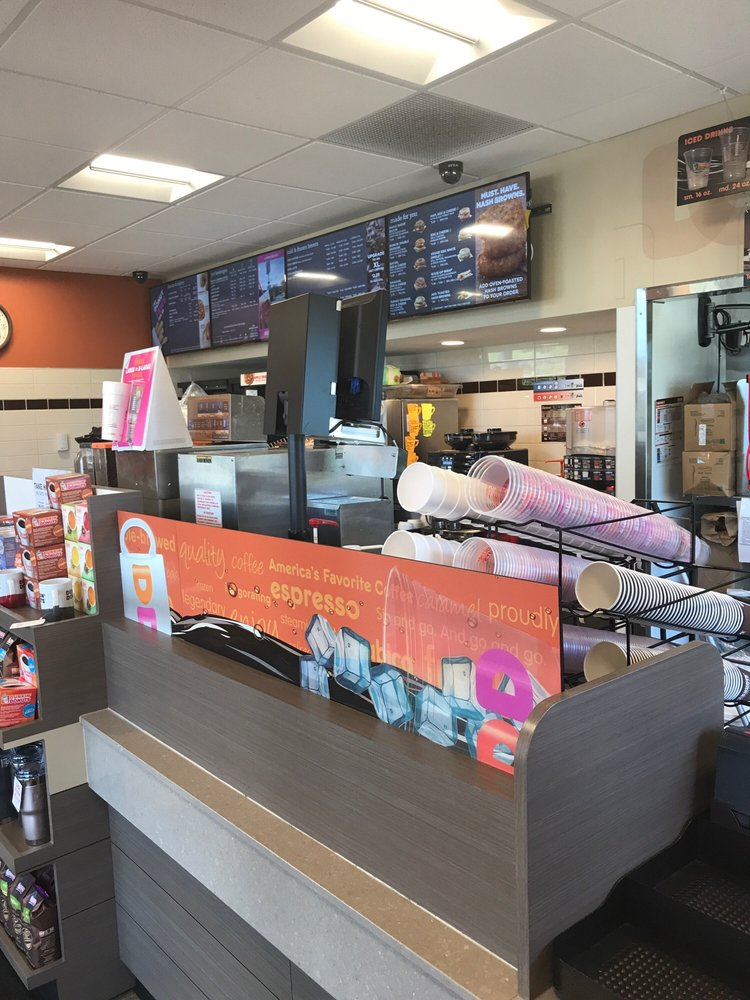 Dunkin': 750 State Route 97 W, Bellville, OH