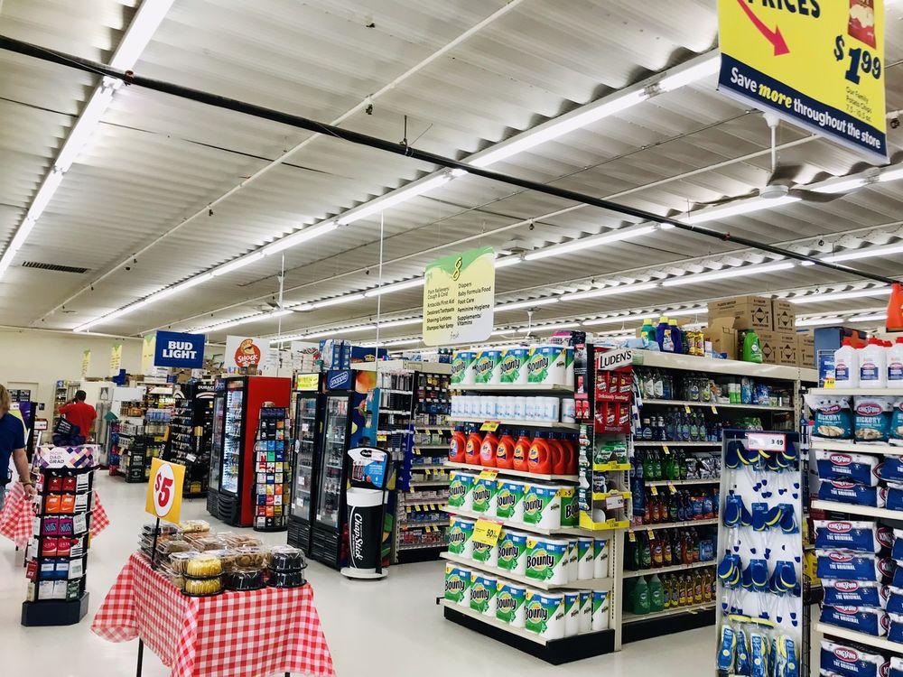 No Frills Supermarket: 2301 Silver St, Ashland, NE
