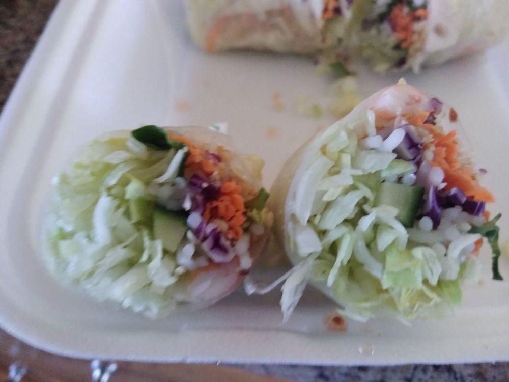 Soulisa's Fine Thai Dining: 208 E Rutherford St, Landrum, SC