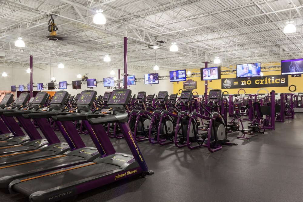 Planet Fitness: 6430 Eastex Fwy, Beaumont, TX