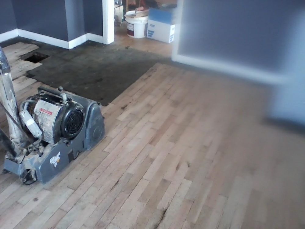 Reed Hardwood Floors: 14515 Madison Rd, Riley, KS