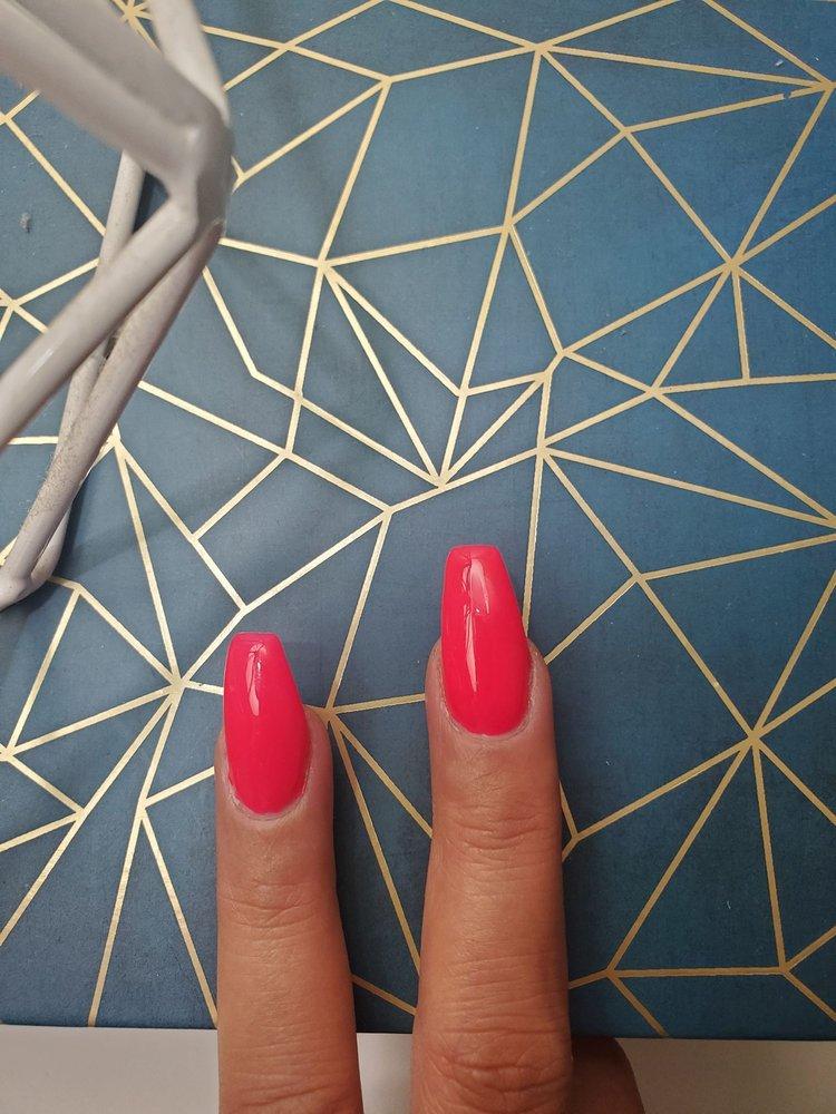 lake geneva nail salon