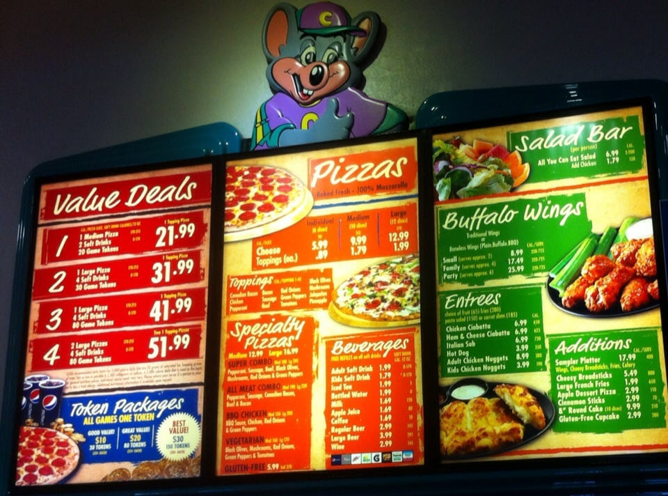 The worst Pizza Hut ever I came for a vacation wanted to order a carry out and my husband goes and picks it up and they told them they didn't make it because they thought it was a prank because of the area code like wtf I'm not from LA so I have to have LAs area code in order a carry out dumb ass holes then they try to play it off as if they 2/5(54).