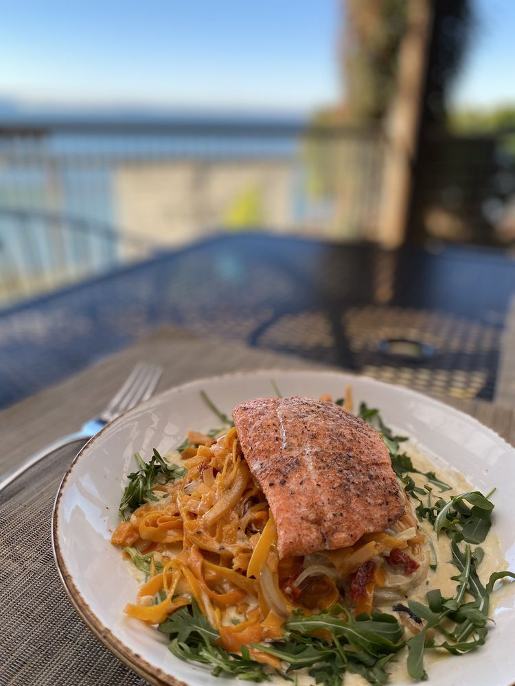 Keenan's at the Pier: 804 10th St, Bellingham, WA