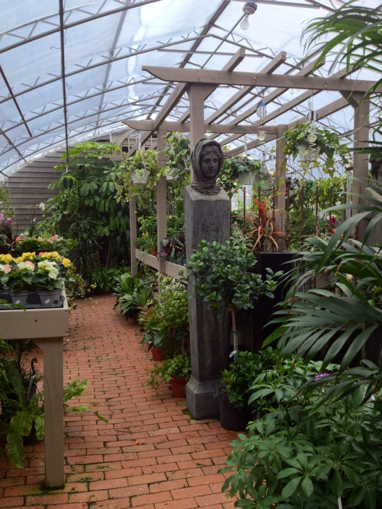 Walter's Garden Center: 58 Morristown Rd, Bernardsville, NJ