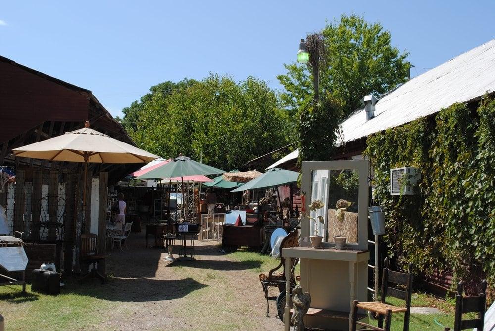 Old Red Lumberyard Antique & Vintage Sale
