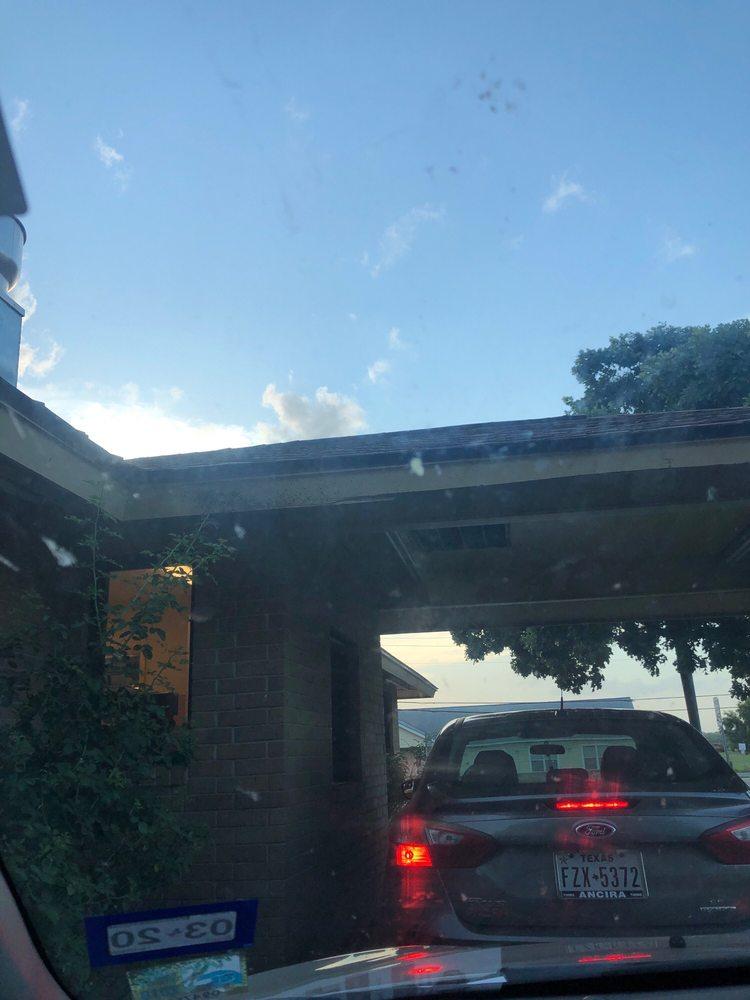 J C's Super Burger: 1804 Standish St, Floresville, TX