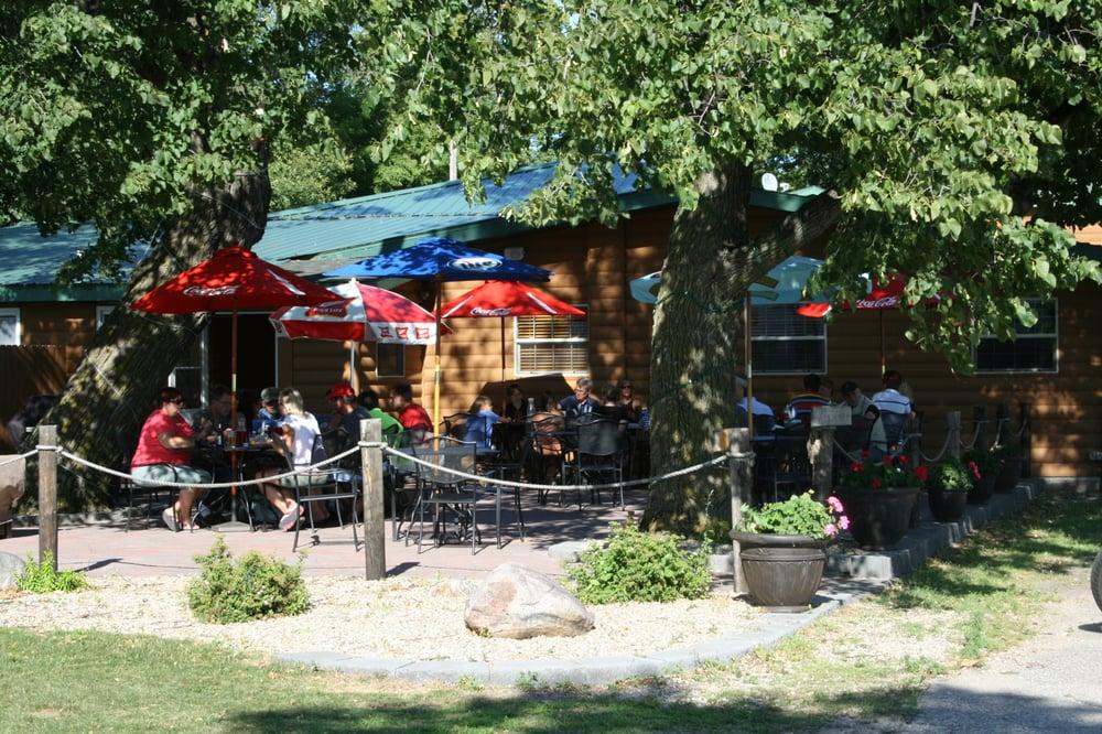 Ten Mile Lake Resort & Steak House: 12303 County Hwy 35, Dalton, MN