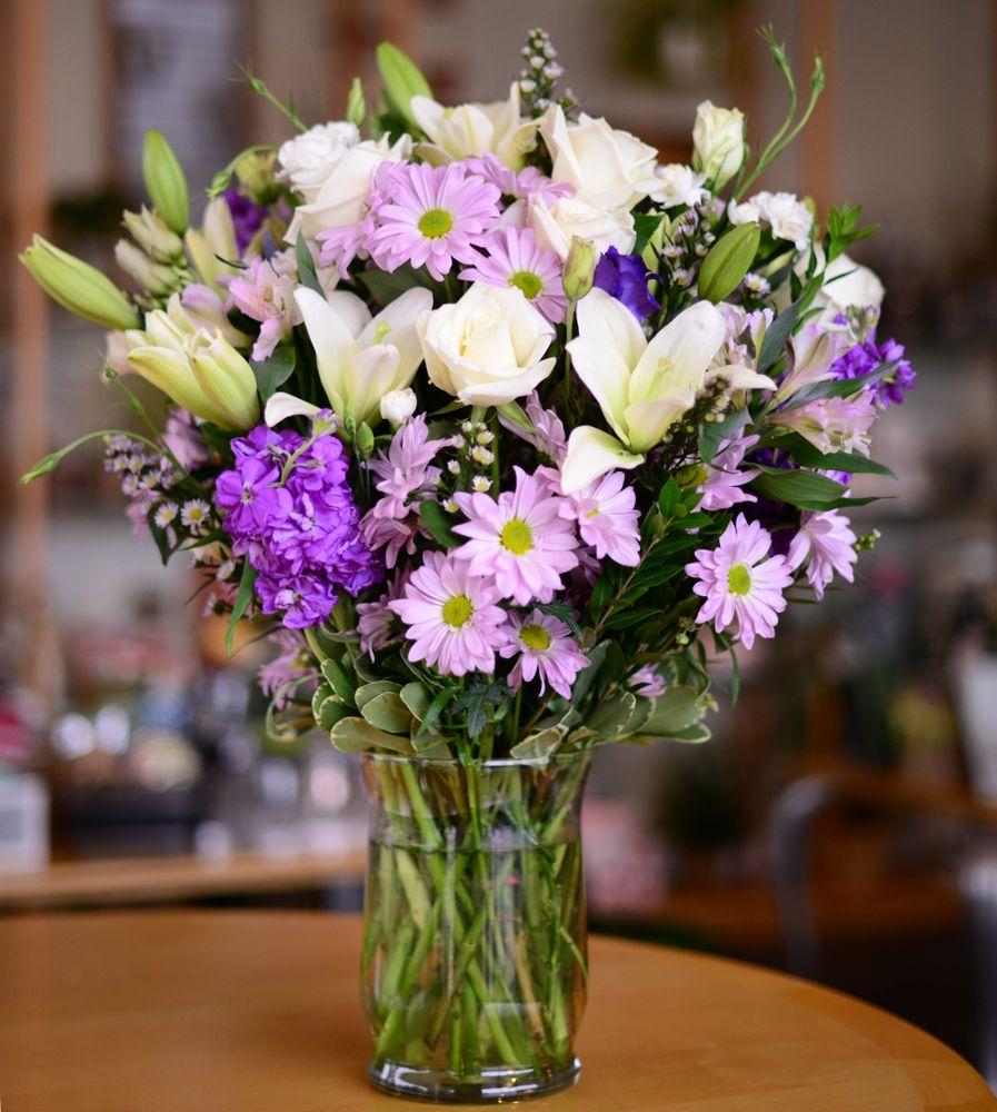 Plumeria Botanical Boutique: 1364 W Michigan Ave, Battle Creek, MI