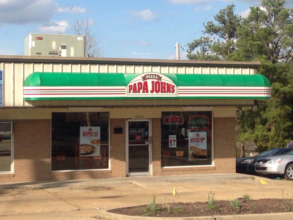 Papa John's Pizza: 2200 W. Main St., Tupelo, MS
