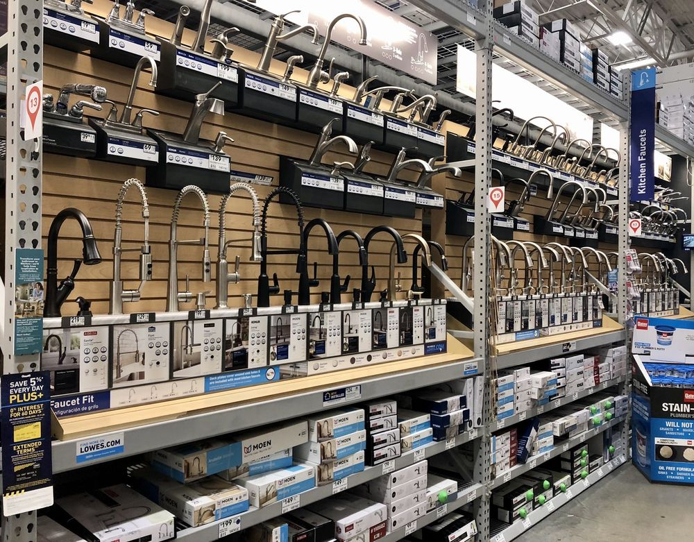 Lowe's Home Improvement: 6735 South US Highway 17-92, Fern Park, FL