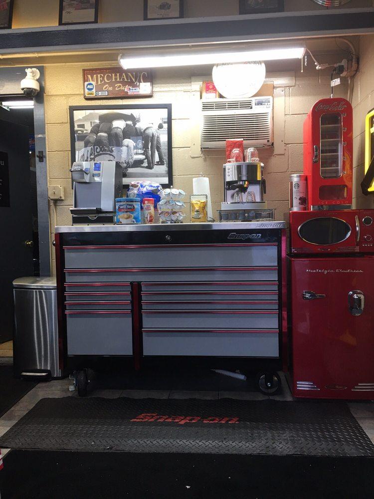 Park & Son's Auto Repair: 403 E Wilson St, Batavia, IL