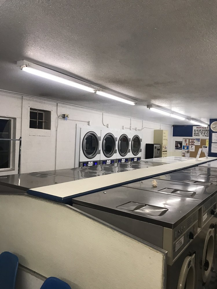 Lemon Brite Laundromat: 650 N 2nd Ave, Ajo, AZ