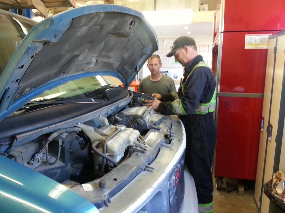 Kicking Horse Automotive Services: 5 - 3050 Allenby Road, Duncan, BC
