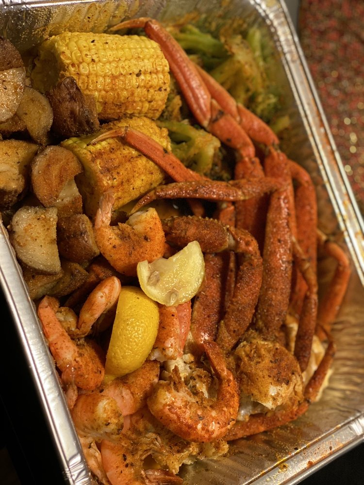 Food from Cuse Catch and Grill