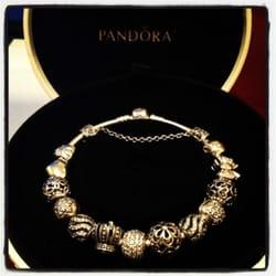 Pandora Store Locator