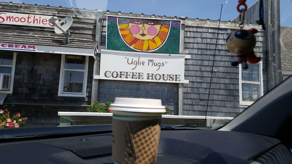 Uglie Mugs Coffee House: 40534 NC 12 Hwy, Hatteras Island, NC