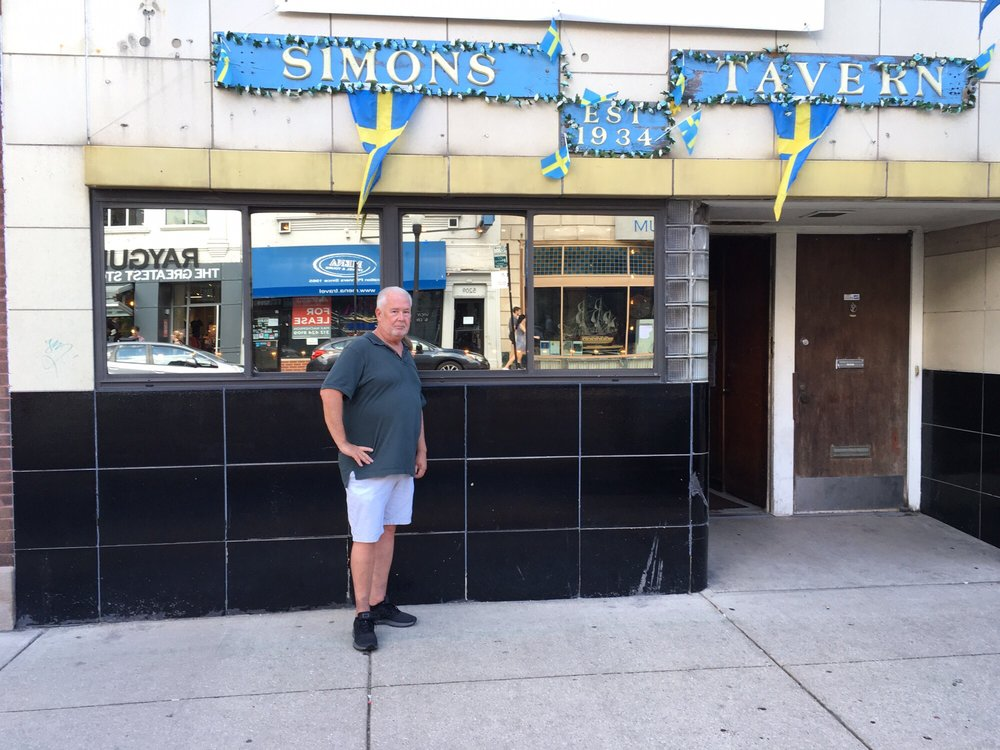 Simon's Tavern - 88 Photos & 304 Reviews - Bars - 5210 N