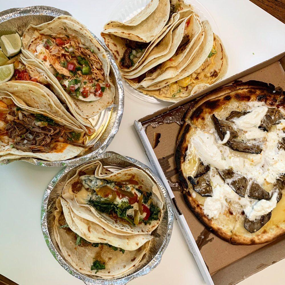 Tony's Tacos: 262 Jericho Turnpike, Floral Park, NY
