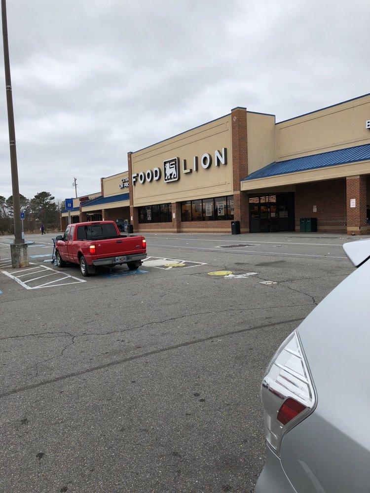 Food Lion: 3925 Cleveland Hwy, Dalton, GA