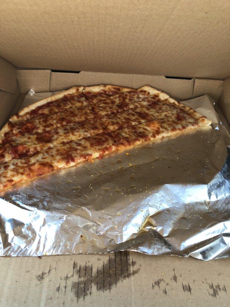 Tat's Pizzeria: 2440 Maysville Pike, Zanesville, OH