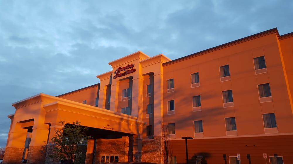 hampton inn suites rochester henrietta hotels 280. Black Bedroom Furniture Sets. Home Design Ideas
