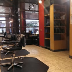 Jordan salon the professional man s barber 14 photos for 7 salon bellevue