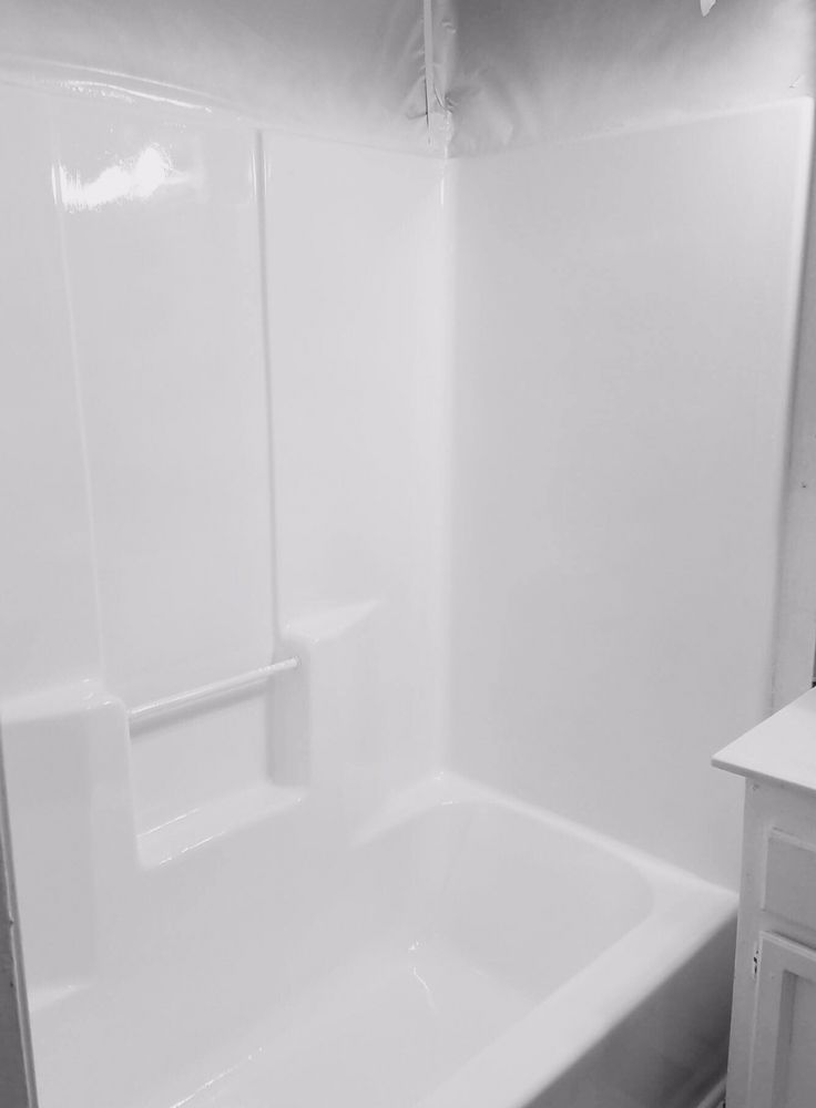 Bathtub Refinishing & Fiberglass Expert