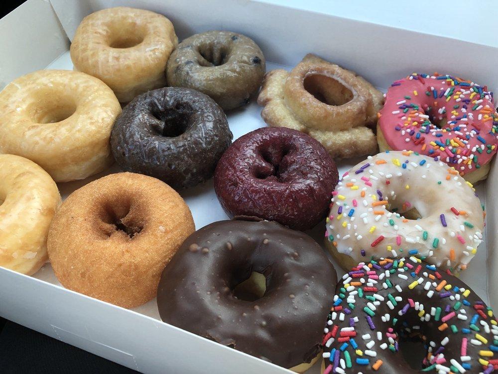 Goodies Donuts: 6911 Fm 521, Arcola, TX