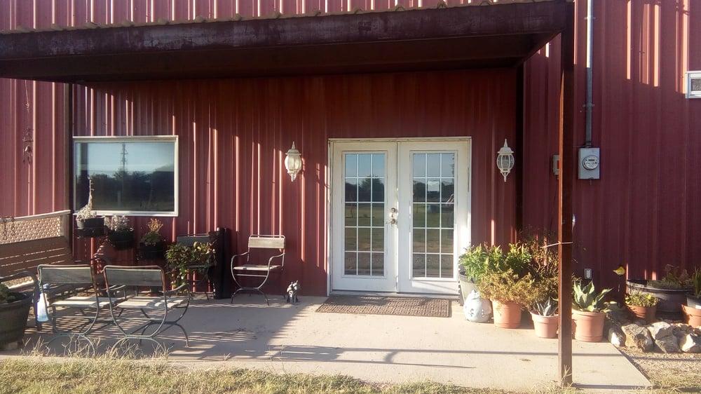 Kennels At Foxrun: 11943 State Highway 205, Lavon, TX
