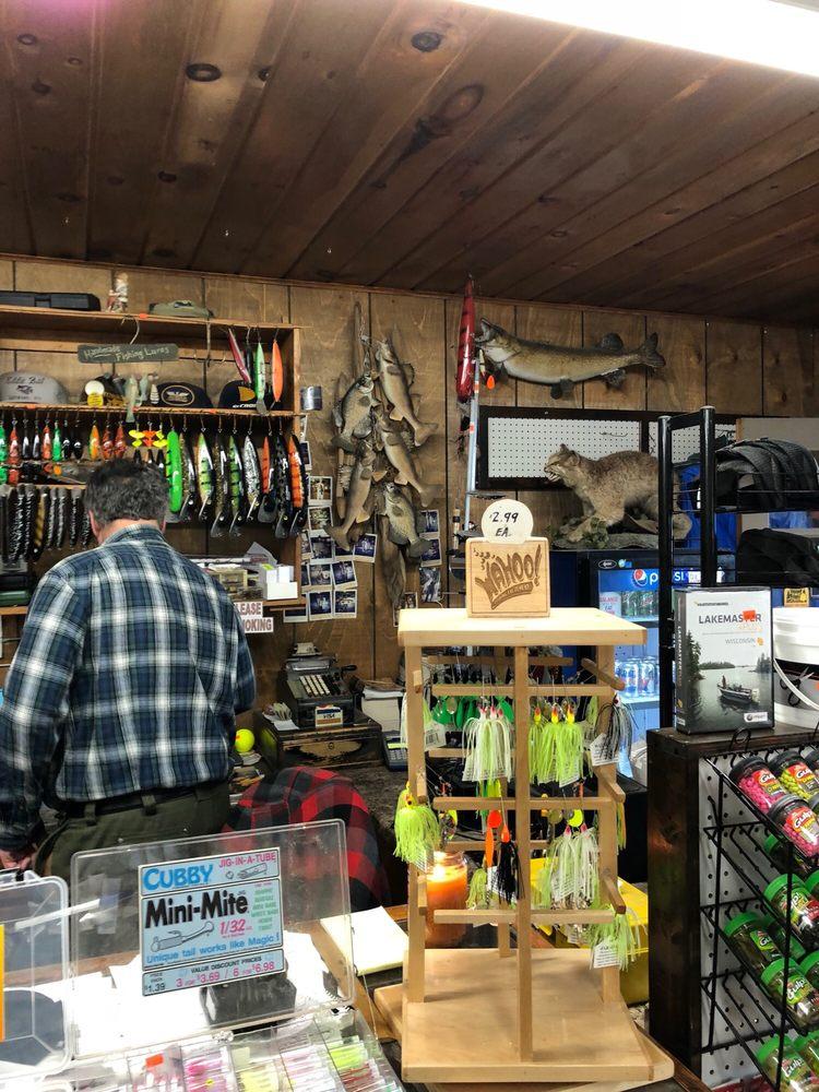 Jenks Bait & Tackle: 11050 W County Road B, Hayward, WI