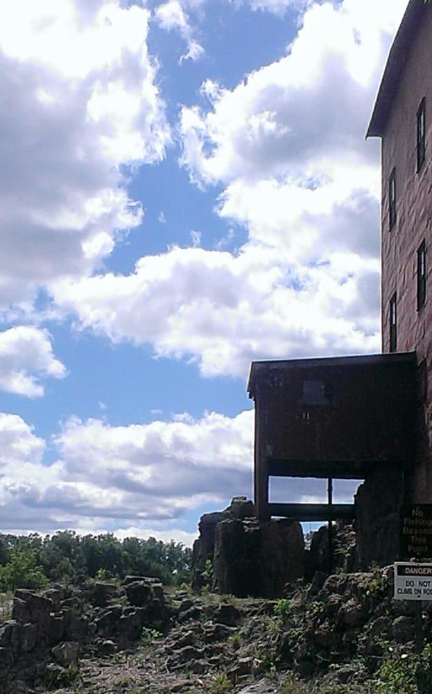 Dillard Mill State Historic Site: 142 Dillard Mill Rd, Viburnum, MO