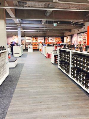 super cute c3f3a 4af4b Schuhmarke - Shoe Shops - Ausserhalb 14 A, Rüsselsheim am ...