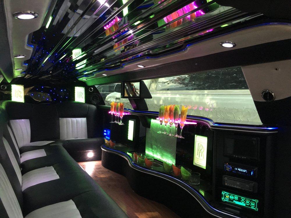 Churchill III Luxurious Limousine Service