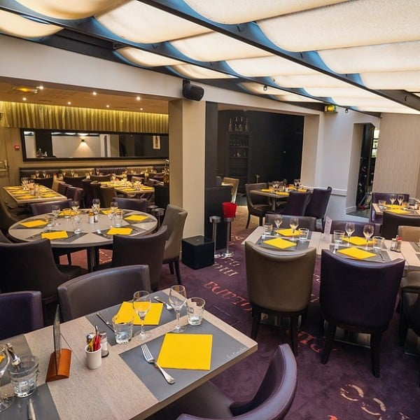 Le caf noir 14 foto 39 s 45 reviews brasserie n 55 for Restaurant o 23 rennes