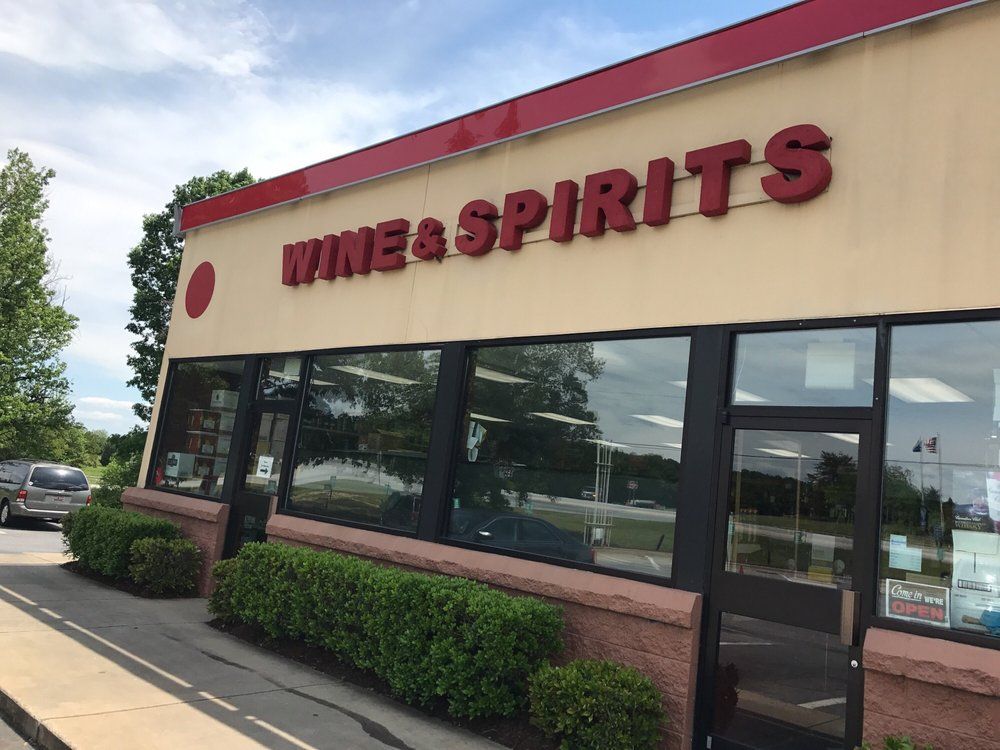 Blue Ridge Wine & Spirits: 1884 Highway 14 E, Landrum, SC