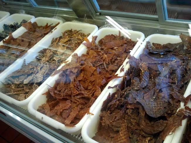 Mahogany Smoked Meats: 2345 N Sierra Hwy, Bishop, CA