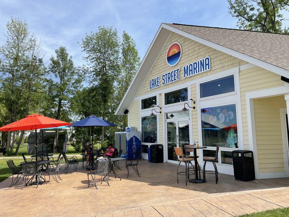 Lake Street Marina : 463 Lake St, Green Lake, WI