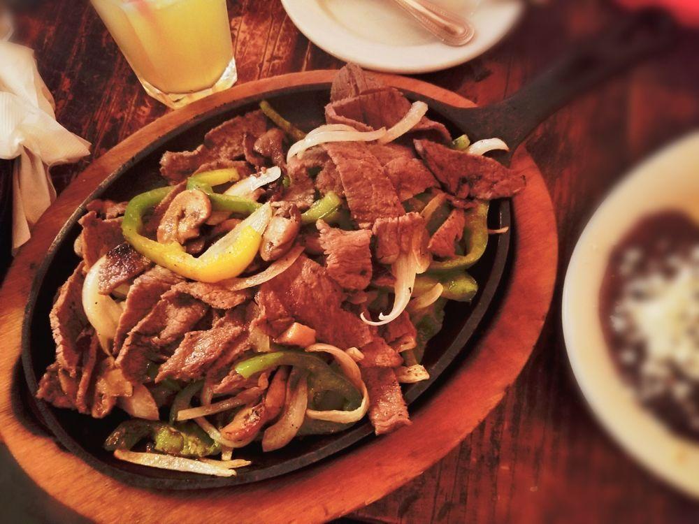 Veracruz Cafe: 1427 N Hwy 67, Cedar Hill, TX