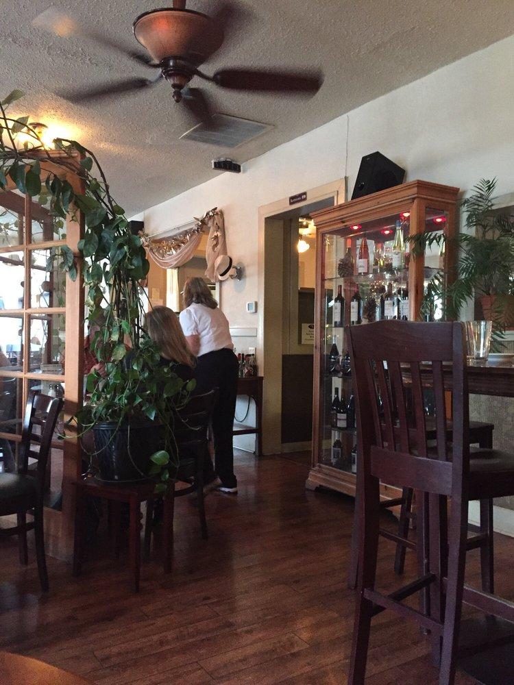 Stephani's Oak Street Grill: 157 N Oak St, Colville, WA
