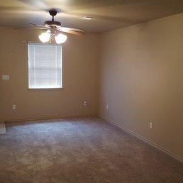 Village West - 10 Photos - Apartments - 504 4th Ave, Canyon, TX ...