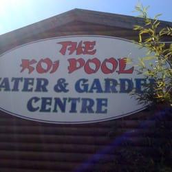 Koi pool water gardens viveros y jardiner a 35 mains for Koi pool lancashire